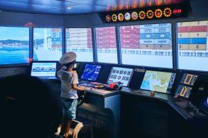 Hệ thống mô phỏng lái tàu phục vụ huấn luyện thủy thủ