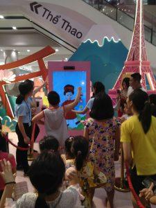 Game tạo điểm nhấn và giải trí là cách làm truyền thông thu hút khách đến các trung tâm thương mại